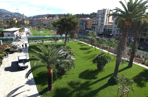 Pose de gazon naturel <br> Ville de Nice